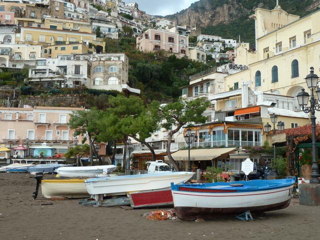 amalfi-coast-1619982-640x480