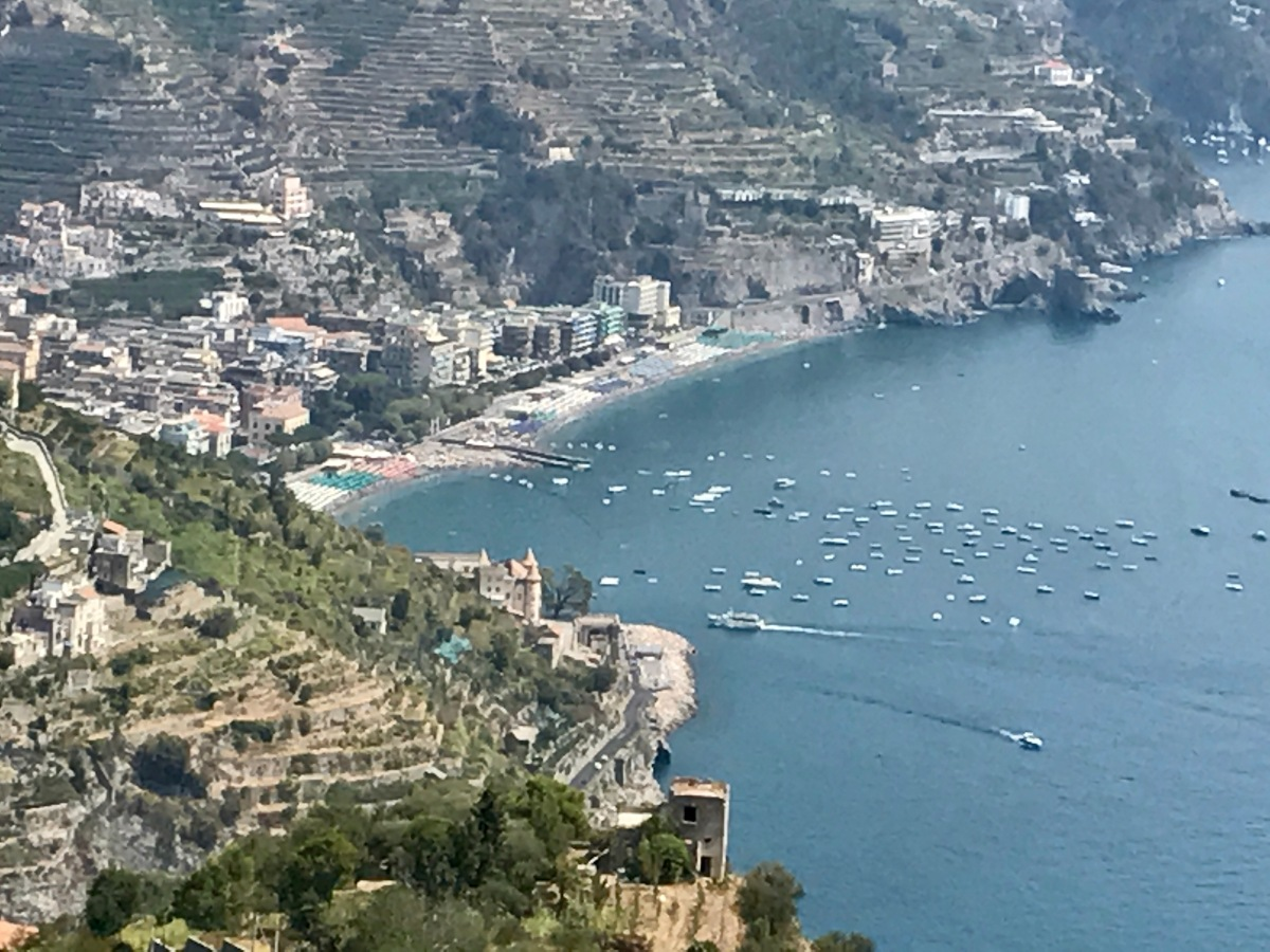 THE TRICKY AND BEAUTY OF THE AMALFICOAST